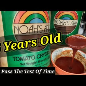 """OPENING & REVIEWING A 46 YEAR OLD #10 CAN OF """"NOAH'S ARK"""" DEHYDRATED TOMATO CRYSTALS"""
